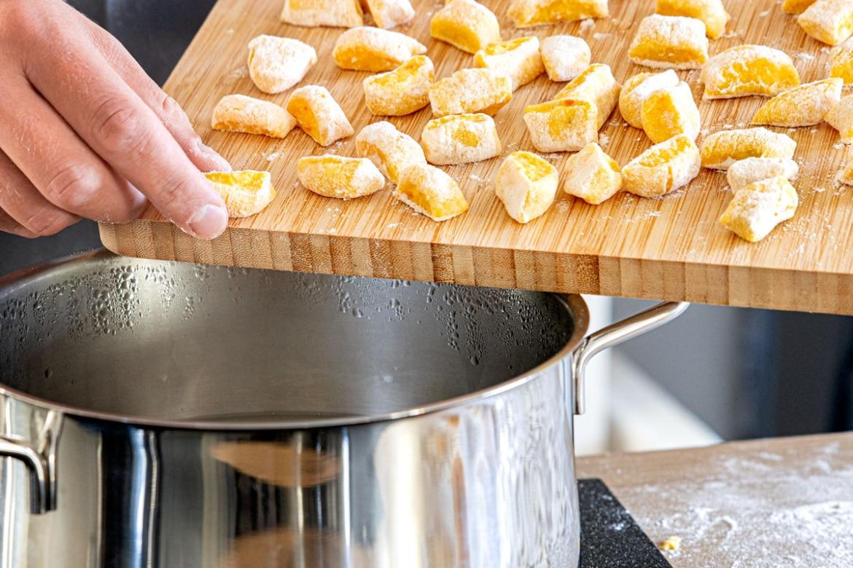 Kürbisgnocchi kochen