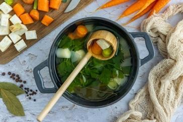 Gemüsefond selber machen