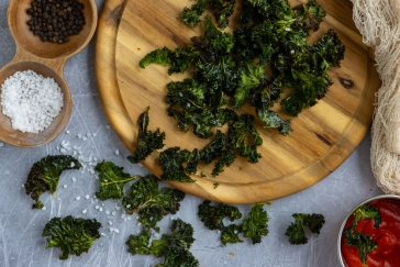 Grünkohlchips aus dem Backofen selber machen