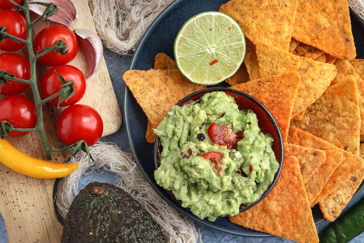 Guacamole mit Nachos