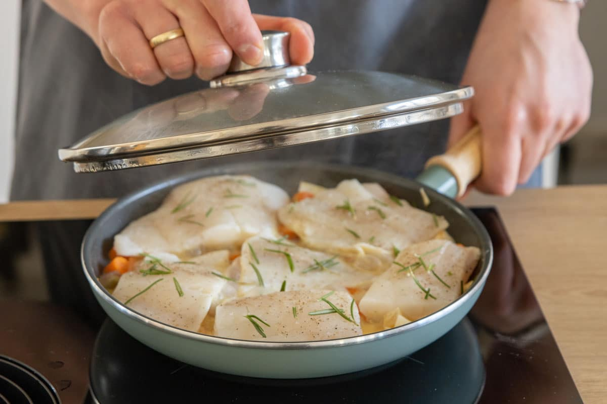 Kochfisch dünsten