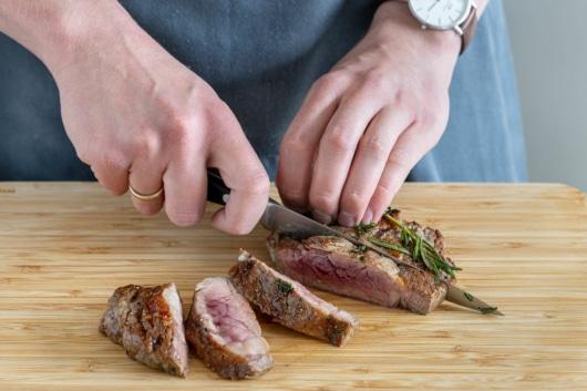 Fleisch aufschneiden