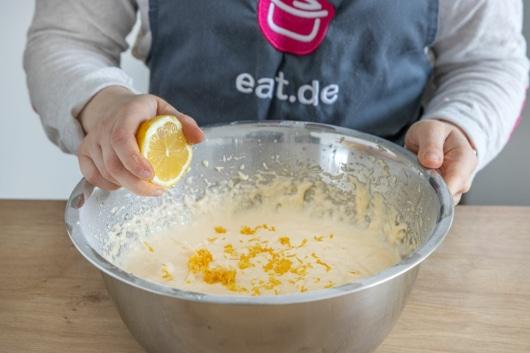 Zitrone dazugeben