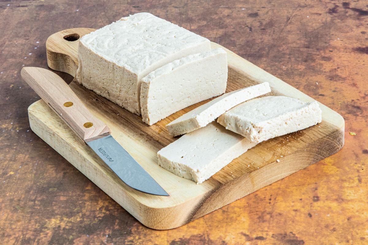 schnittfester Tofu