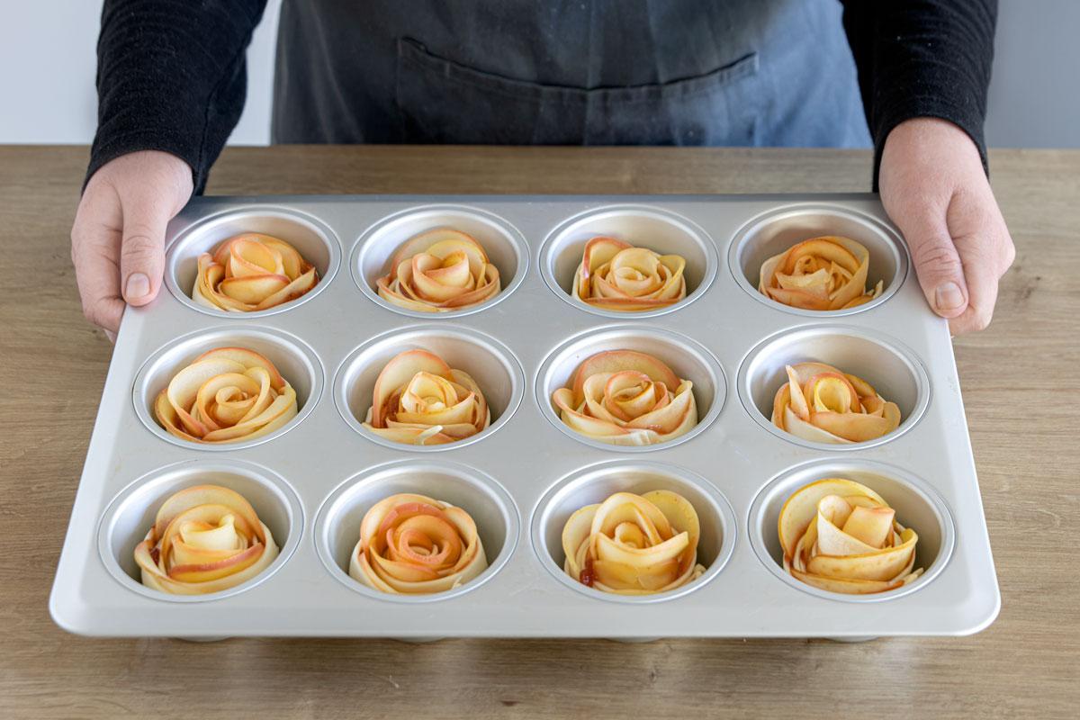 Apfelrosen mit Blätterteig in der Muffinform