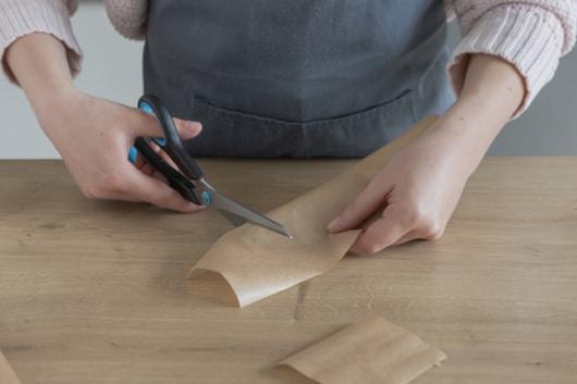 Backpapier zuschneiden