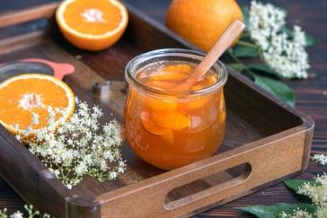 Holunderblütenmarmelade mit Orangensaft