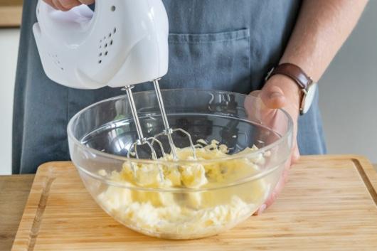 Butter schaumig schlagen