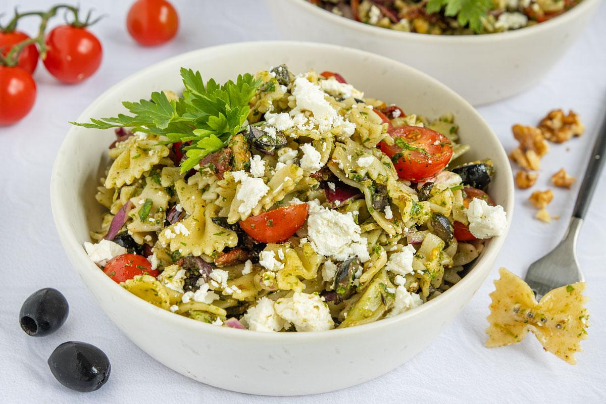 mediterraner-Nudelsalat