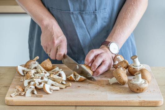 Pilze vierteln