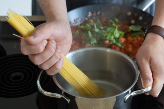 Spaghetti bissfest kochen