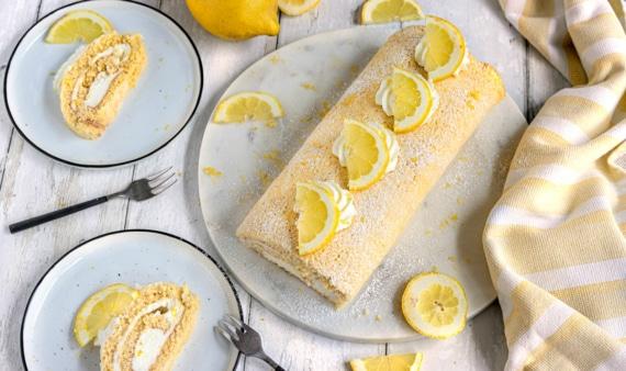 Zitronenrolle mit Joghurt