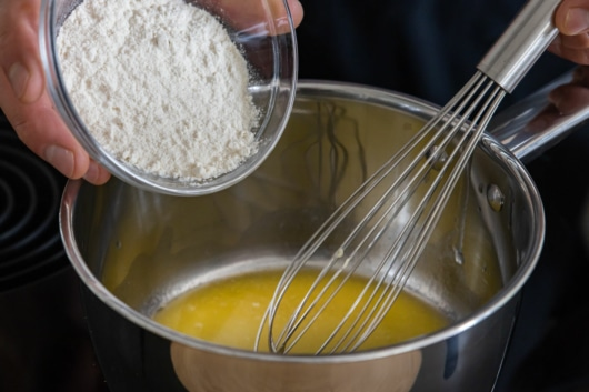 Mehlschwitze herstellen