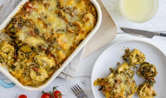 vegetarischer Tortellini-Auflauf